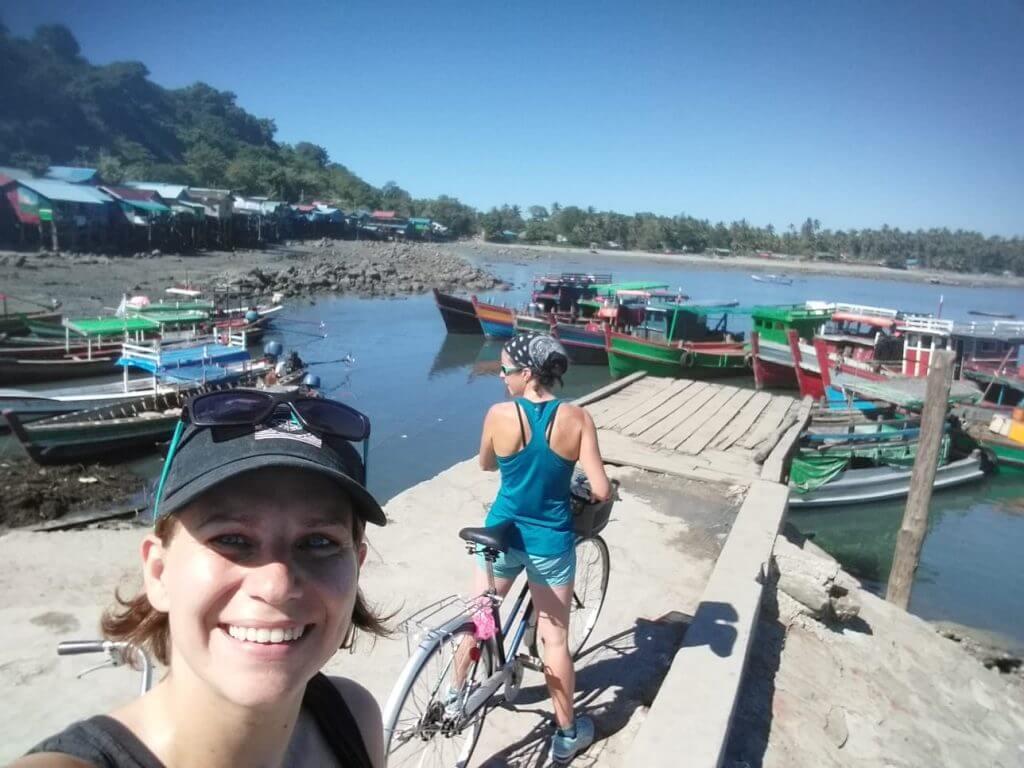 Follow Rachel & Iszy's travel adventure in Ireland and around the world