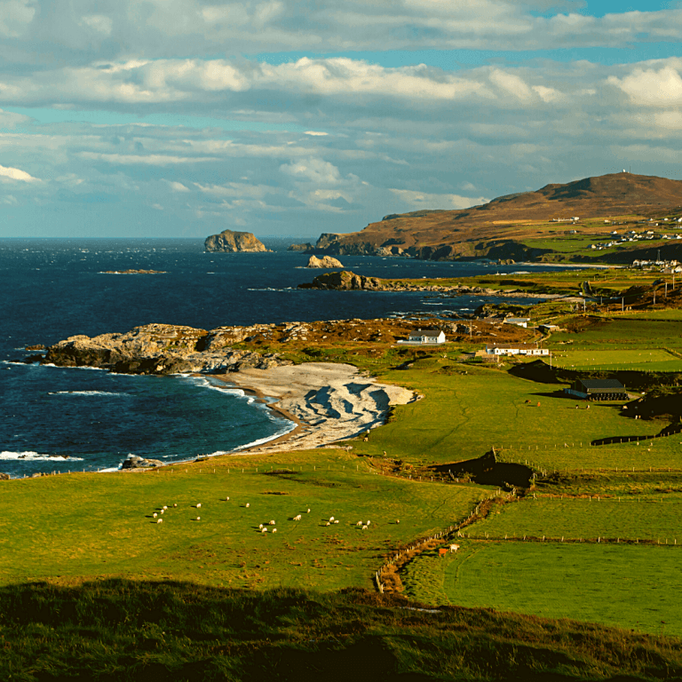 Plan a trip to explore the islands and cliffs of the emerald isle10