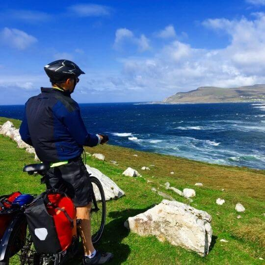 Cycling tours along the Wild Atlantic Way in Ireland (2)