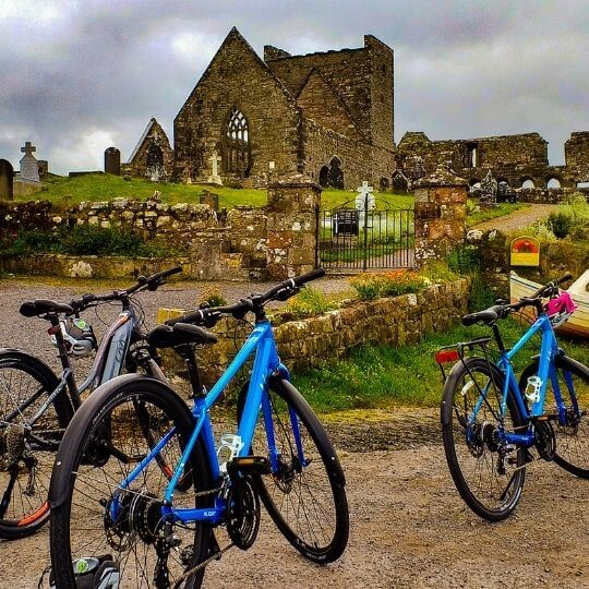 Cycling tours along the Wild Atlantic Way in Ireland (3)